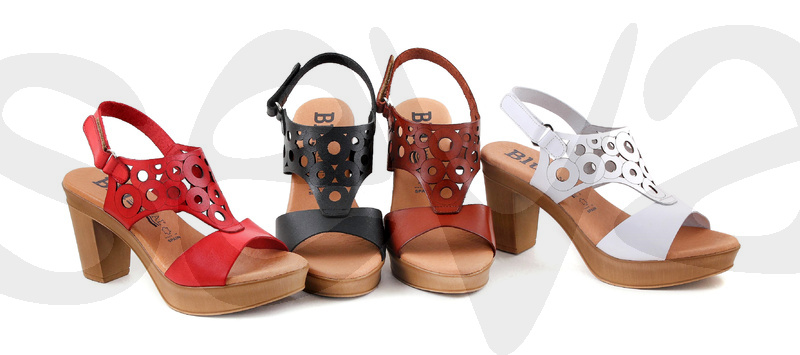 BLUSANDAL              8076BLU · SANDAL WOMAN LEATHER