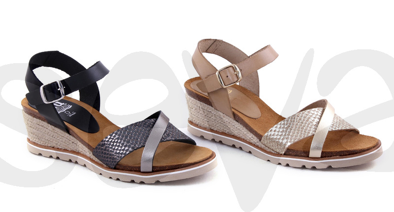 BLUSANDAL              S105BLU · SANDAL WOMAN LEATHER